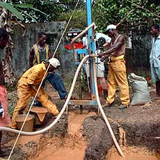 Africans Drill Wells